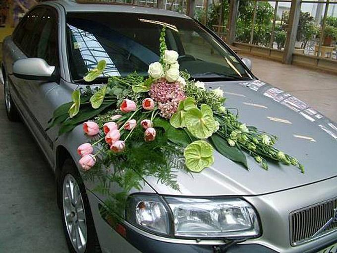 Букет на машину